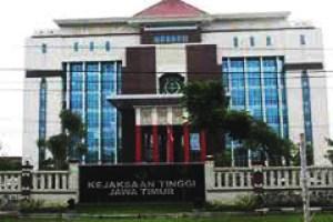 """""""...Gedung Kantor Kejaksaan Tinggi, Jawa Timur..."""""""